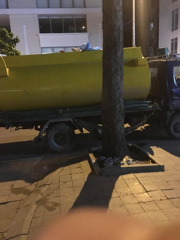 Xe hút hầm cầu ở Củ Chi