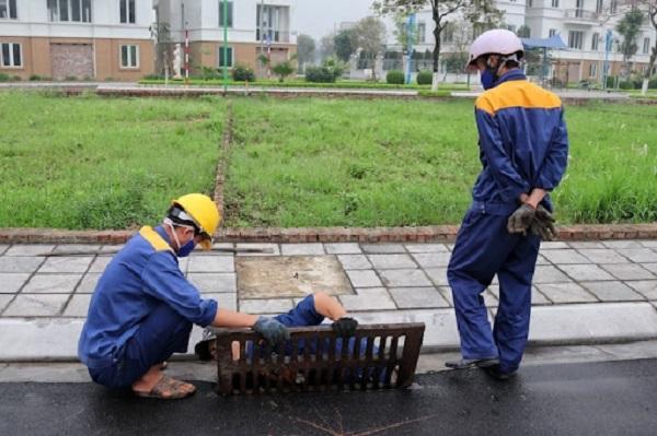 Hệ thống cống rãnh ở các thành phố bị quá tải và cần sửa chữa liên tục